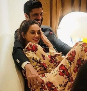 The Truth About Farhan And Shibani's Rumoured 'April Or May Wedding'