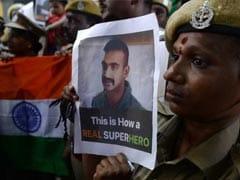 अभिनंदन की भारत वापसी पर बॉलीवुड हुआ न्योछावर, बोले- आपकी वीरता सर आंखों पर!