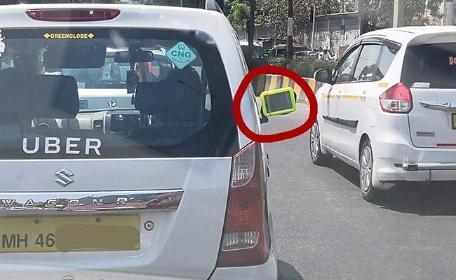Uber ड्राइवर ने साइड मिरर की जगह लगाई ऐसी चीज़, Viral तस्वीर को देख लोगों ने कहा - वाह क्या जुगाड़ है!