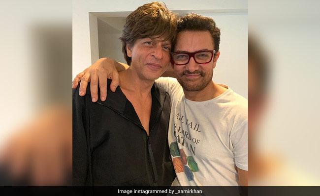 आमिर ने शाहरुख के गिफ्ट को पांच साल तक हाथ नहीं लगाया था, वजह खुद बताई