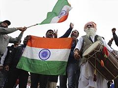 Welcome Home Abhinandan: अभिनंदन के स्वागत में अटारी में उमड़ी भीड़ बोली- हमारा रियल हीरो आ रहा है