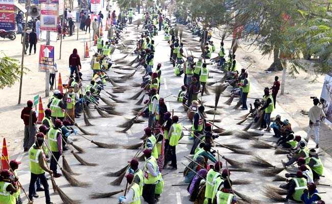 Massive Cleanliness Drive At Kumbh Sets Another World Record: Organisers