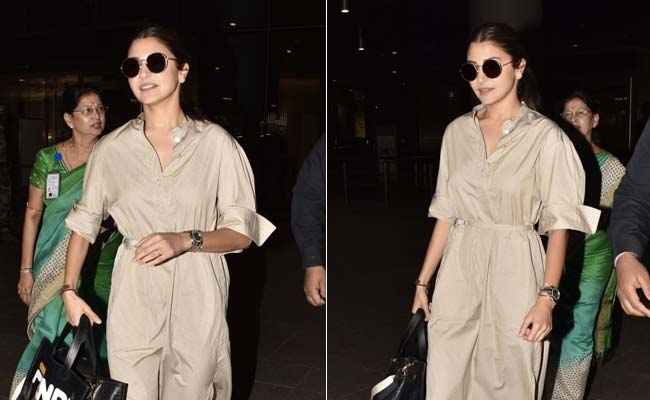 Get The Look: Anushka Sharma's Comfy Travel Outfit