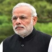 चुनावी आचार संहिता की धज्जिया उड़ाता भारतीय रेलवे, अभी भी लगे हुए हैं पीएम मोदी के पोस्टर्स और बैनर