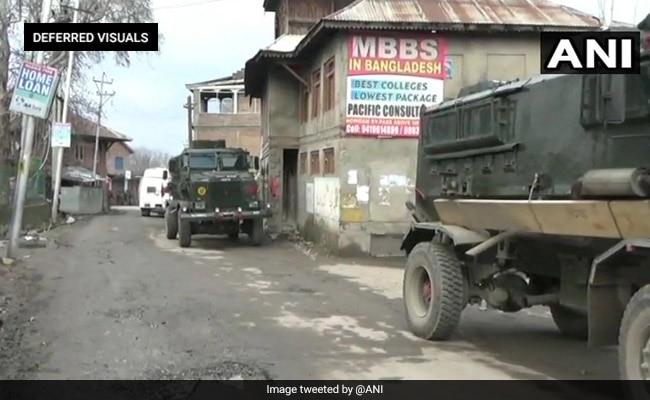 जम्मू-कश्मीर : सुरक्षाबलों ने मुठभेड़ में 2 आतंकवादियों को मार गिराया