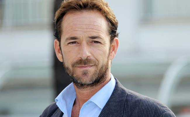'Beverly Hills, 90210' Star Luke Perry Dies Of Stroke At 52