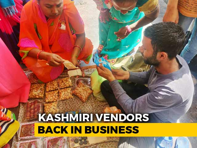 Video : Kashmiri Vendors Return To Lucknow Streets Two Days After Assault