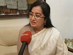 Actress Sumalatha To Take On Three Namesakes In Mandya Polls
