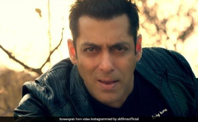सलमान खान ने फिर गाया गाना, फैन्स बोले- भाई एक नंबर...! Video ने इंटरनेट पर मचाई धूम