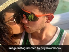 Priyanka Chopra's Non-Blue Monday - Chilling In Miami With Nick Jonas, <i>Sucker</I> And A Ranveer Singh Song