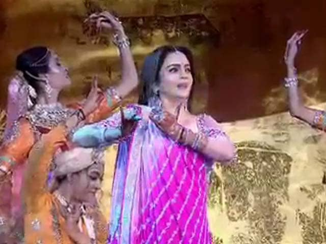 Watch: Nita Ambani's Dance Steals The Show At Son's Post-Wedding Party