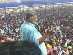 मधेपुरा : पप्पू यादव ने भरा पर्चा, कहा- बाहर से आए नेताओं को सबक सिखाएगी जनता