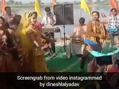 Bhojpuri Holi Gana: होली के मौके पर निरहुआ ने डांस से उड़ाया गरदा, वायरल हुआ Video