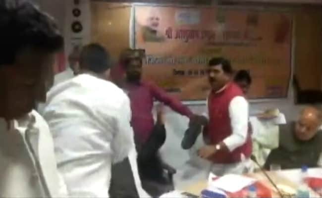 'Bharatiya Joota Party': Congress Barb On Shoe Fight Between BJP Leaders