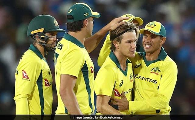 India Vs Australia, 3rd ODI:India Lost To Australia By 32 Runs