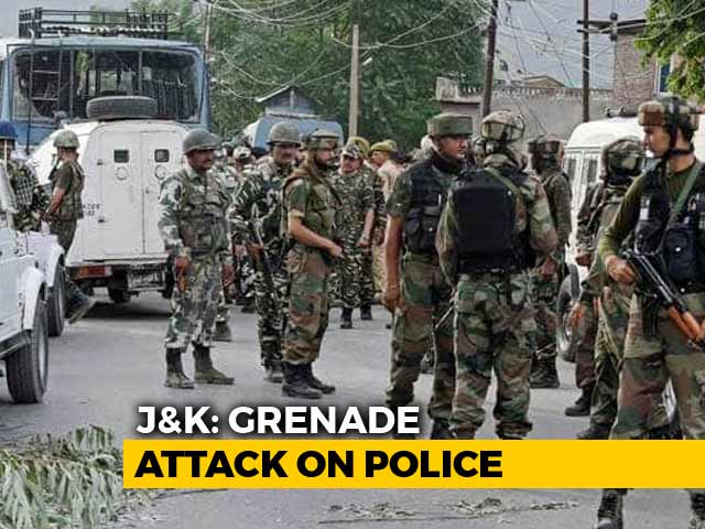 Video : 3 Policemen Injured In Grenade Attack In Jammu And Kashmir's Sopore