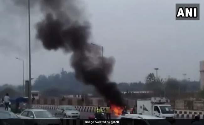 Car Catches Fire On Akshardham Flyover In Delhi; Driver Safe