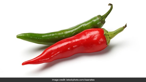 Green Chilli Or Red Chilli? Which One Is The Healthier Option