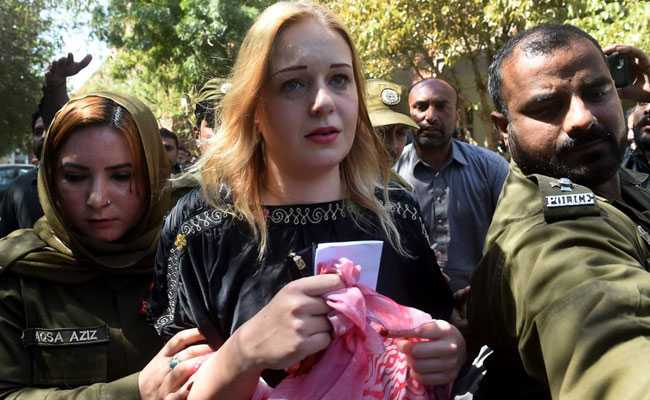 Czech Model, 22, Jailed For 8 Years In Pakistan For Smuggling Drugs