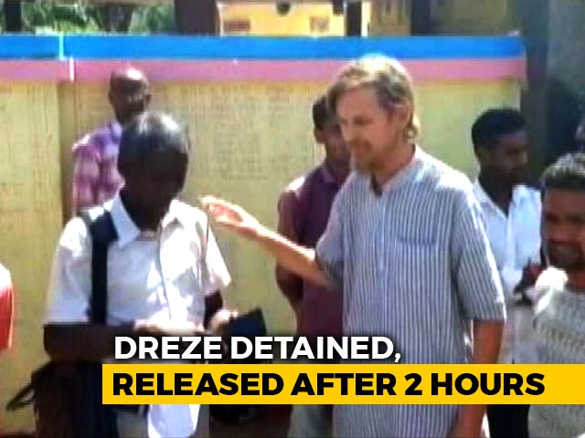 Video : Economist Jean Dreze Among 3 Activists Detained For 2 Hours In Jharkhand