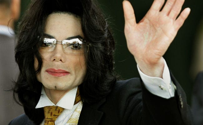 Michael Jackson Fans Sue Alleged Abuse Victims In French Court