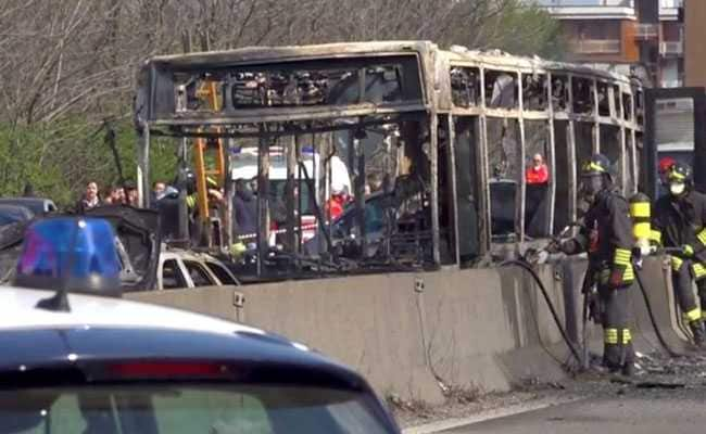 Italy Bus burnt
