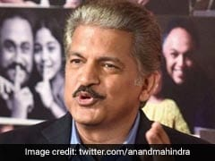 "Anand Mahindra's Epic Reply To Man Asking ""<i>Kitna Deti Hai?</i>"" Is A Must-Read"