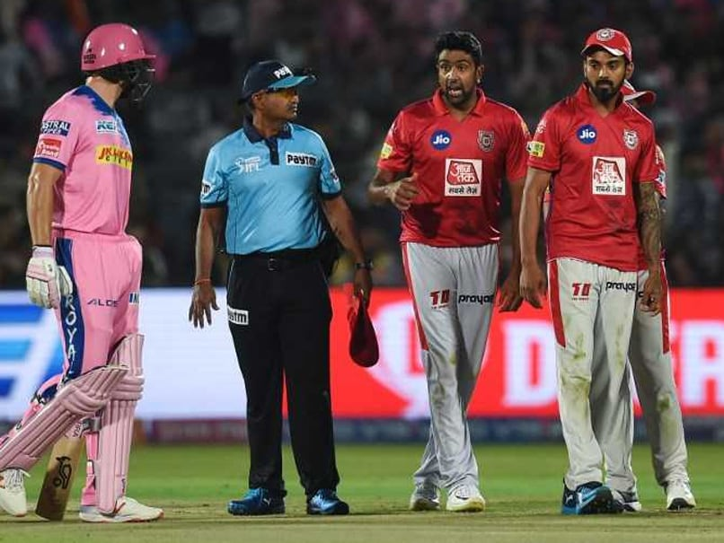 "IPL 2019: Shane Warne Accuses Harsha Bhogle Of ""Bias"", Backing ""Your Own"" In 'Mankad' Controversy"