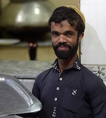 Pakistani Tyrion Lannister? Man Finds Fame As 'Game Of Thrones' Lookalike