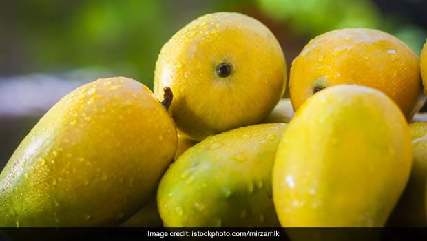 27-Year-Old Indian Worker held for stealing 2 mangoes at Dubai International Airport
