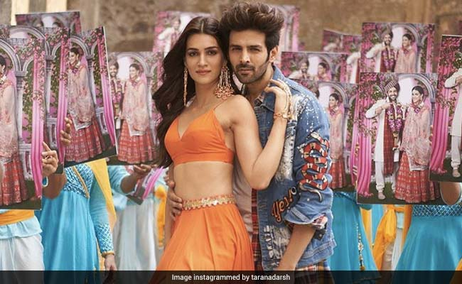Luka Chuppi Box Office Collection Day 4: Kartik Aaryan And Kriti Sanon's Film Maxes Mahashivratri, Speeds Past Rs 40 Crore