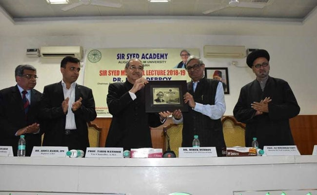 Vision Of Sir Syed Ahmad Khan Reformed Education In India: Dr Bibek Debroy In AMU