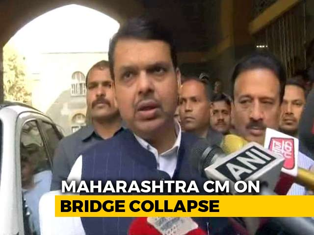 Video : On Mumbai Bridge Collapse, Chief Minister Fadnavis Sets Evening Deadline