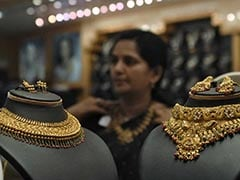 Gold Prices Rise On Jewellers' Buying, Firm Global Trend