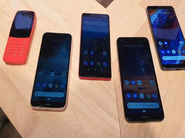 Video : Nokia's Splash of New Phones at MWC!