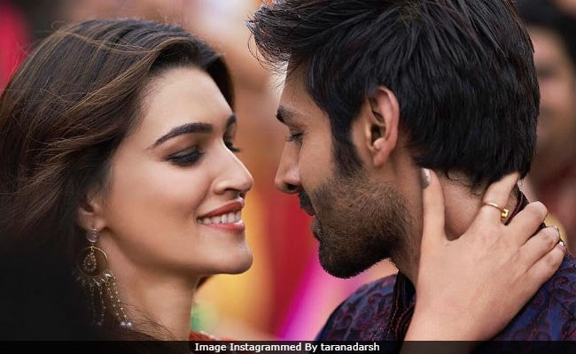 Luka Chuppi Box Office Collection Day 5 Kartik Aaryan And Kriti Sanons Film Is Just A Few Crores Away From Scoring A Half Century