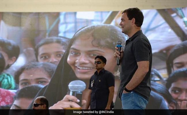 राहुल गांधी के इस अंदाज से इम्प्रेस हुई बॉलीवुड एक्ट्रेस, कर डाला यह Tweet