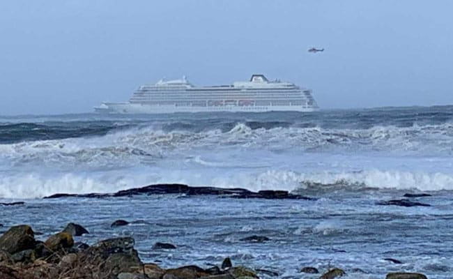 Warning Signs Showed Trouble As Norway Cruise Ship Sailed Into Cyclone