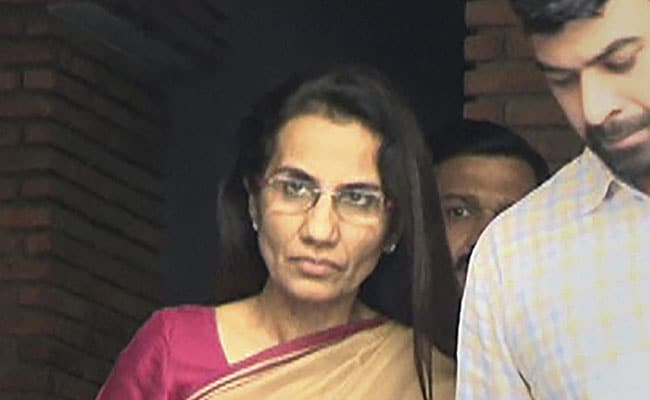 Chanda Kochhar's Brother-In-Law Allowed To Visit US By Delhi Court