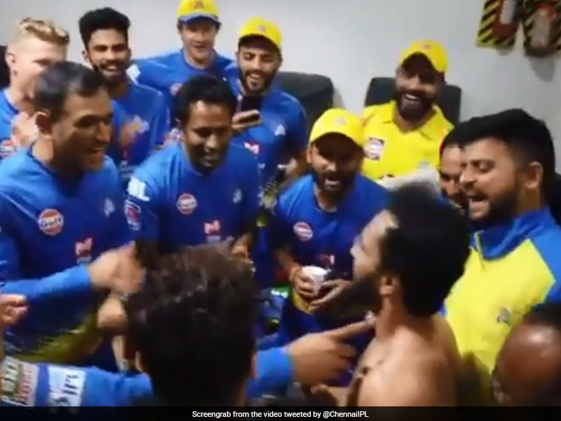 Watch: MS Dhoni