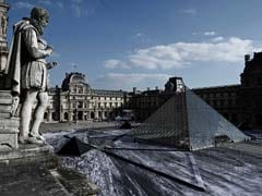 """French Artist Promises Latest Work Will Reveal Louvre Pyramid's """"Secret"""""""