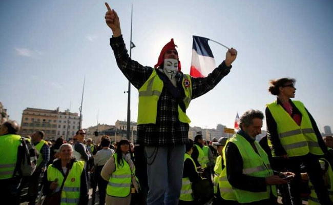 French Police Hit With Poo Bombs At 'Yellow Vest' Protests