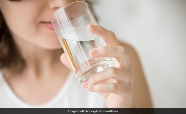 Will drinking water before bed help me lose weight