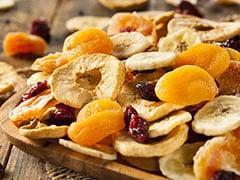 Is Eating Fruit At Night Good?: रात में फल खाने चाहिए या नहीं, जानें फल खाने का सही समय