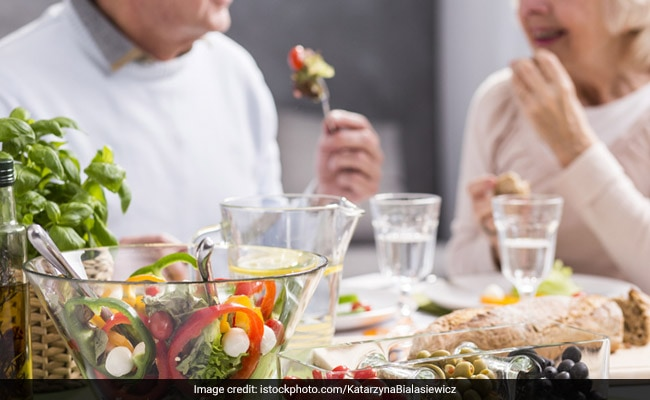 https://www.ndtv.com/health/if-youre-in-your-50s-60s-eat-this-much-protein-every-day-2009202