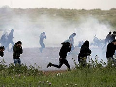Four Palestinians Killed As Thousands Protest At Border, But Gaza-Israel Truce Holds