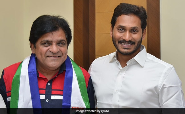 Telugu Actor Ali Joins YSR Congress In Hyderabad