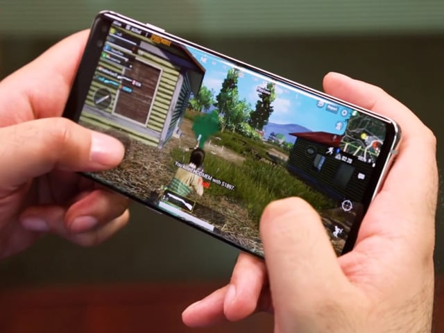 Video : Samsung Galaxy S10+ Gaming Review
