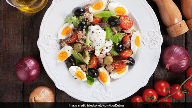 High-Protein Diet: Make This Protein-Rich Egg And Tuna Salad For Keto Diet