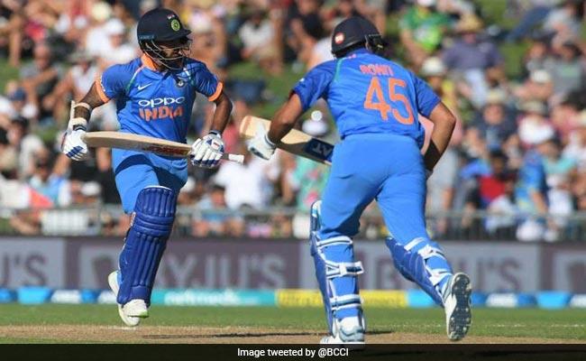 Live: India vs  Australia, 4th ODI: India 358 for nine in 50 years